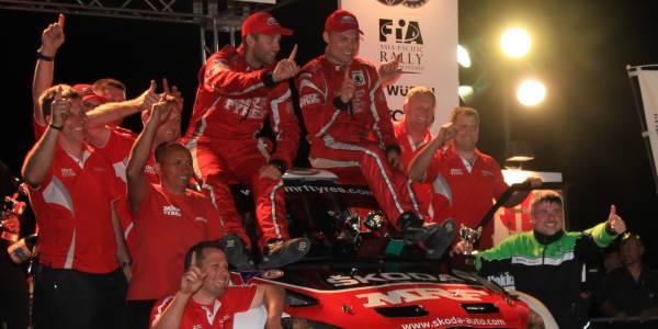 ŠKODA Celebrates Title Treble in China